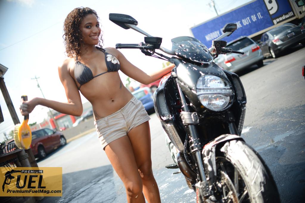 Ducati Diavel 5